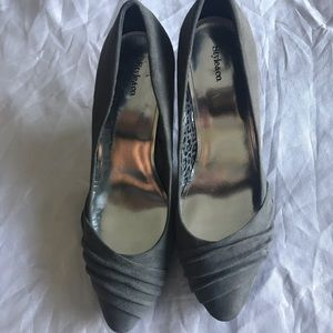 Style and Co. Grey suede heels size 8
